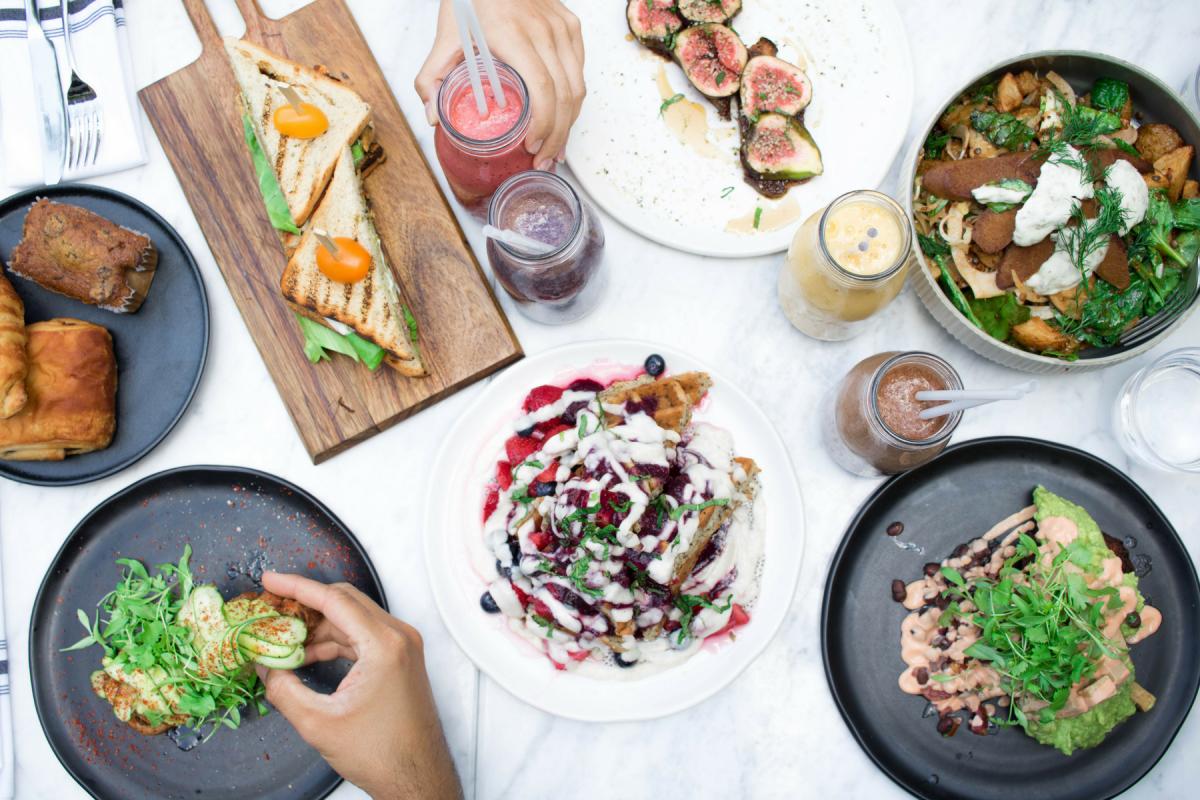 1200x1800 eh vegan lov restaurant montreal 2